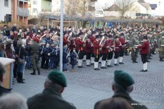 Angelobung am Rohrer Ortsplatz mit Zapfenstreich der Militärmusik